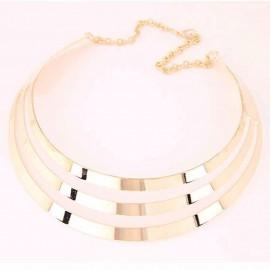 Aranyszínű, látványos collier