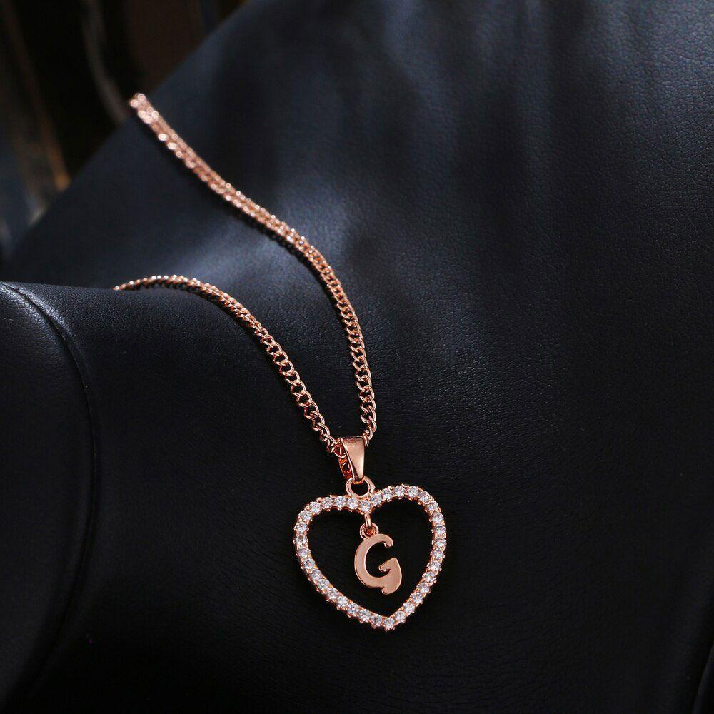 G betű medálos nyaklánc