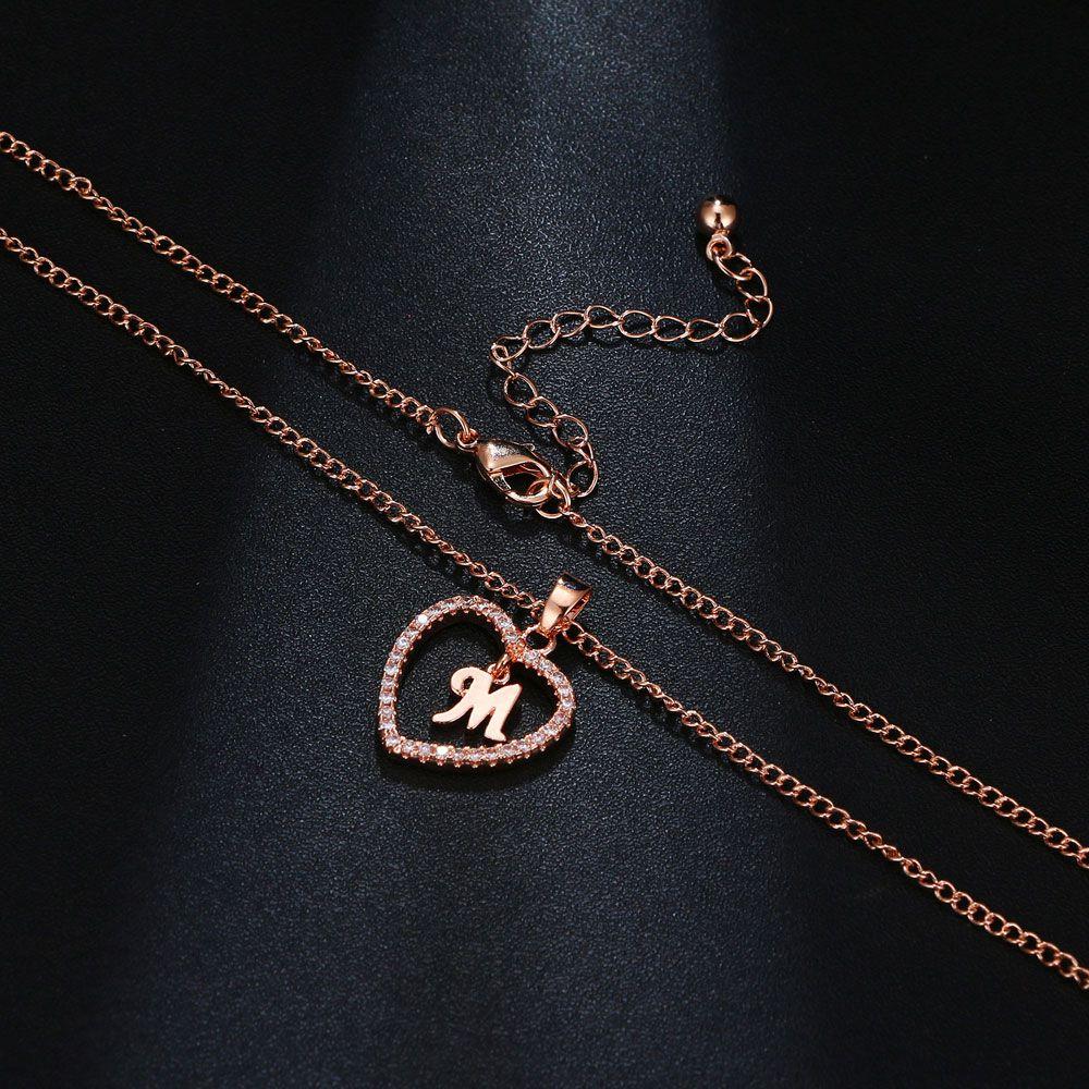 M betű medálos nyaklánc