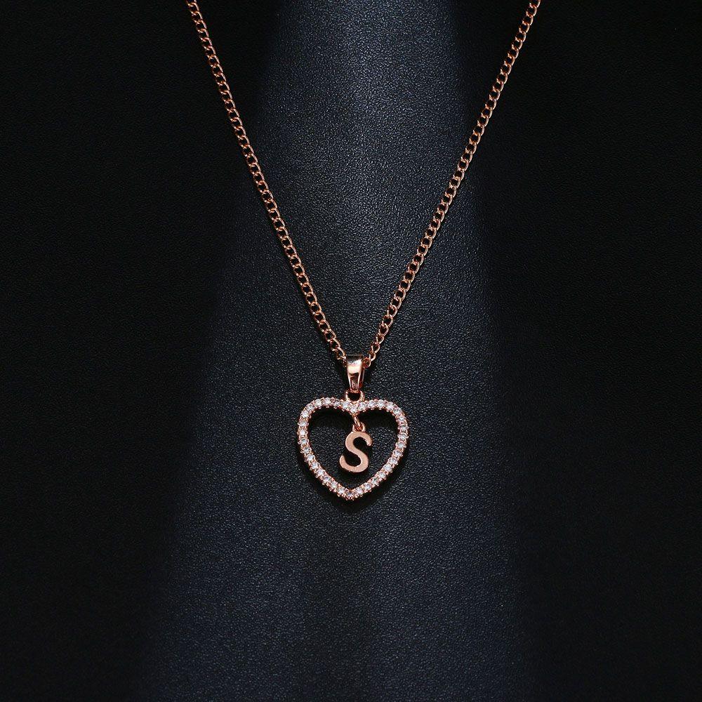 S betű medálos nyaklánc