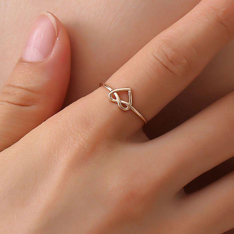 Szív alakú, állítható méretű gyűrű