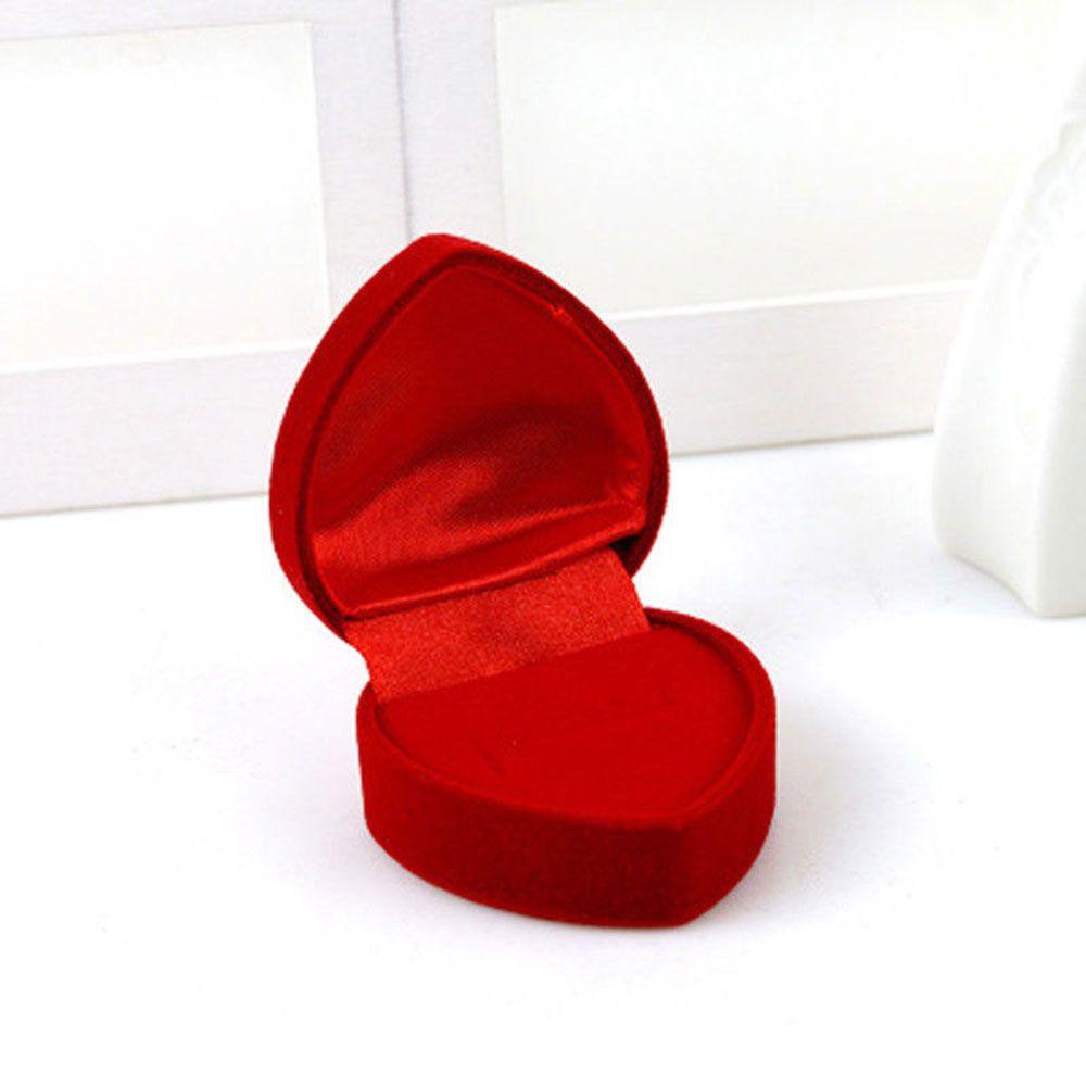 Szív alakú díszdoboz